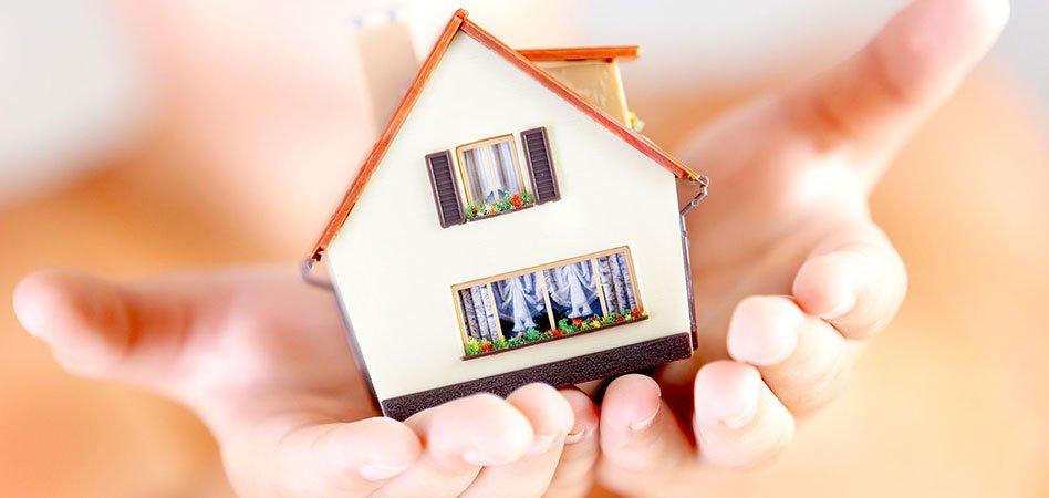 Bild kontrollansvarig besiktning av hus
